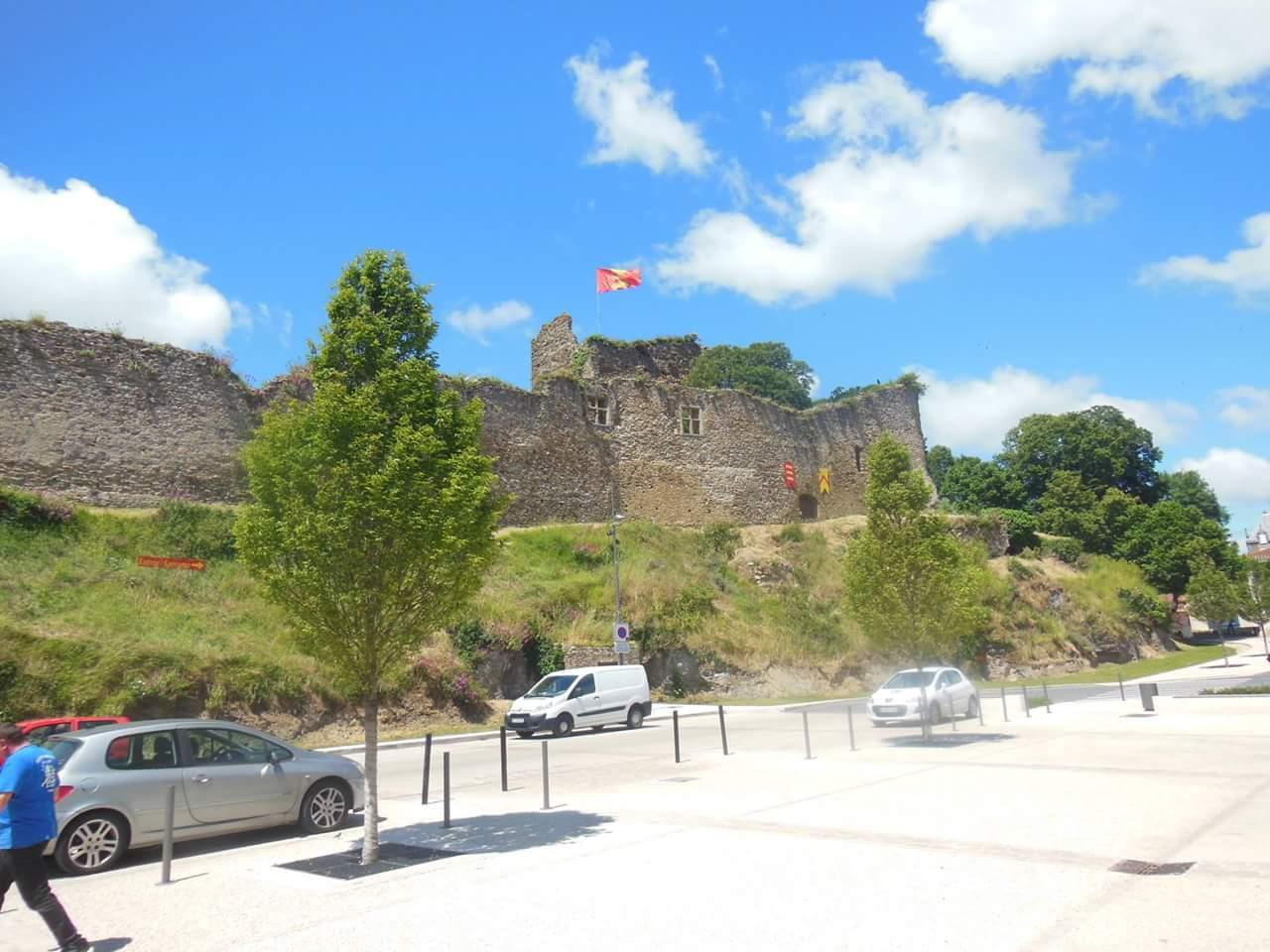 Le château de Talmont
