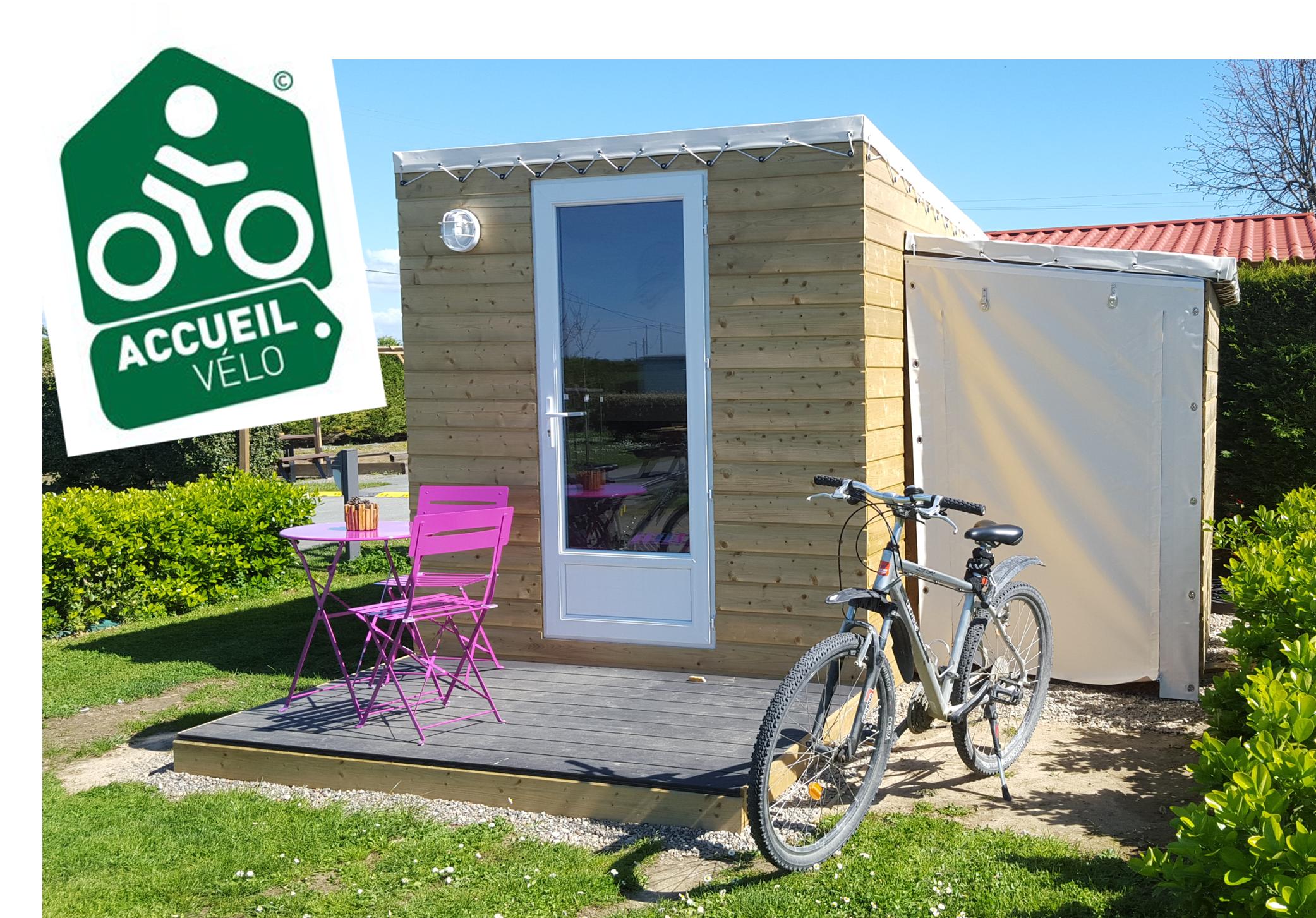 Les Dunes Camping à Talmont-Saint-Hilaire présente le refuge Accueil-Vélo.
